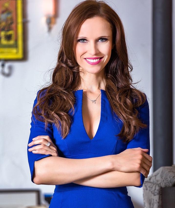 Porträt von Moderatorin Susanne Schöne aus Berlin