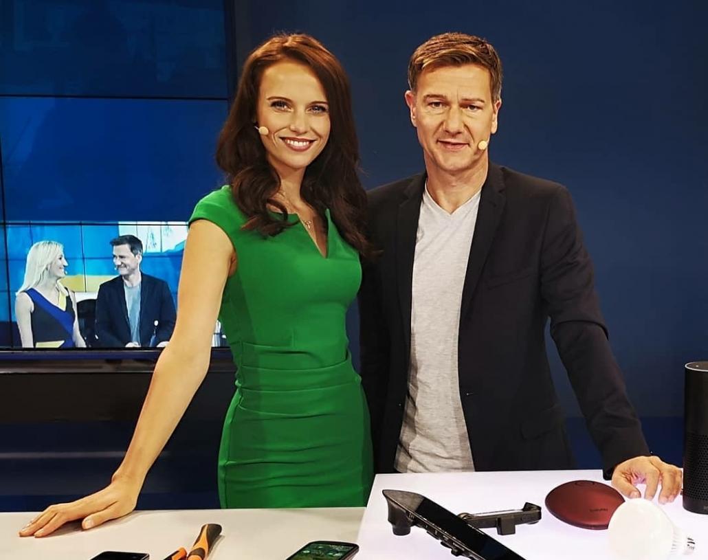 Erfahrene Messemoderatorin & TV-Gesicht aus München auf der IFA in Berlin