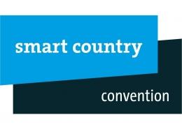Münchner Moderatorin Susanne Schöne auf der Digital - Messe Smart Country Convention in Berlin