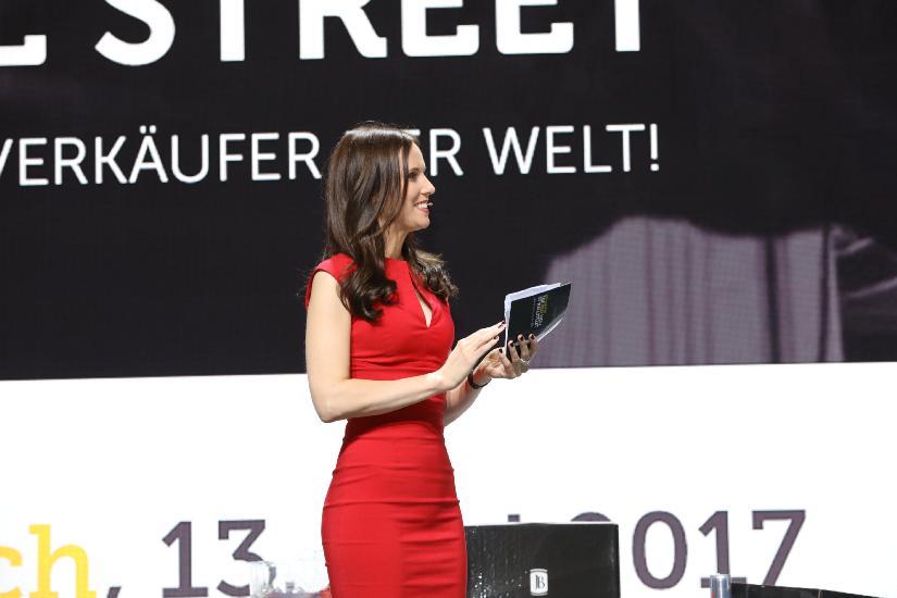 Moderatorin Susanne Schöne aus deutschland