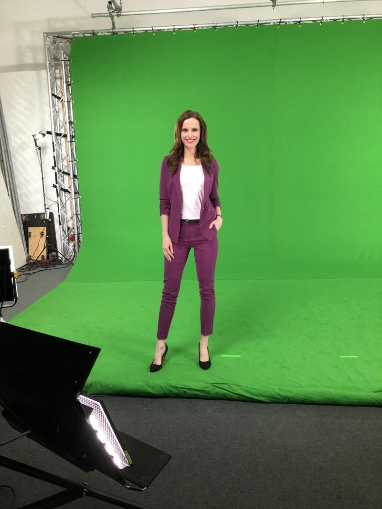 Moderatorin Susanne Schöne ist ihre Moderatorin für den Raum Stuttgart, egal ob Kongresse, Messe, Gala oder TV